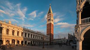 Обои Италия Дома Собор Венеция Городская площадь Башня San Marco Города