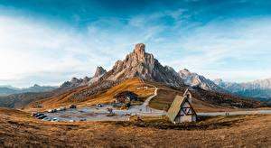 Фото Горы Италия Курорты Небо Пейзаж Cinque Torri di Averau, Passo Jau Pass Природа