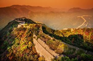 Обои Китай Горы Рассветы и закаты Великая Китайская стена Туман Стена Природа картинки