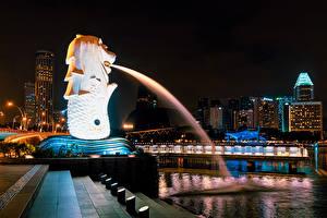 Обои Сингапур Здания Скульптура Фонтаны В ночи Лестница город