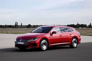 Обои Volkswagen Красный Металлик Едет Универсал Arteon, R-Line, Shooting Brake Автомобили