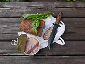 Картинка Хлеб Нож Стол Из дерева Банке Завтрак Доски canned food Продукты питания
