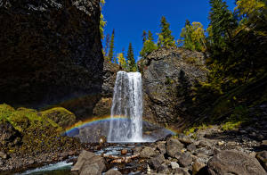 Картинки Канада Парк Камень Небо Водопады Утес Радуги Wells Gray Park, Moul Falls Природа