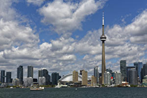 Обои Канада Торонто Дома Башня Облака CN Tower Города картинки