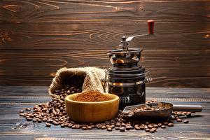 Обои Кофе Кофемолка Зерна Стол Миска Еда картинки