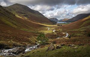 Фото Англия Гора Камни Ручеек Долина Lake District, Buttermere Природа