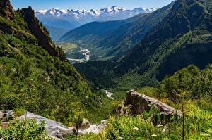 Картинки Грузия Горы Камни Пейзаж Ручей Деревьев Долина Mazeri village Природа