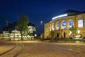 Картинка Германия Здания Вечер Улиц Уличные фонари Велосипед Рельсах Freiburg город