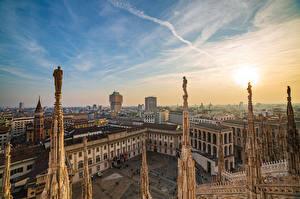 Обои Италия Собор Небо Солнца Городской площади Сверху Milan, Duomo al tramonto город