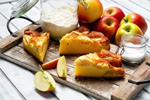 Картинка Пирог Яблоки Мука Разделочной доске Кусок Сахара Банке Продукты питания
