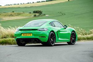 Фотография Порше Купе Зеленый Металлик Сзади 718 Cayman GTS 4.0, 982C, UK-spec, 2020 авто