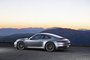 Картинка Porsche Сбоку Серебристый Металлик Купе 911, Carrera 4s, 2019 машины