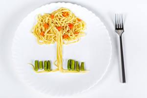 Фотография Овощи Тарелке Вилки Макароны Дизайна Деревья Пища