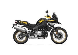 Картинка БМВ Сбоку Белый фон F 850 GS Edition 40 Years GS, 2020 Мотоциклы