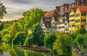 Картинка Германия Здания Река Пирсы Лодки Деревьев Tuebingen город