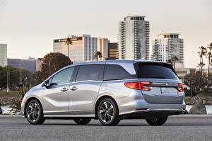 Картинка Honda Серебристый Металлик Минивэн Odyssey North America, 2020 машина