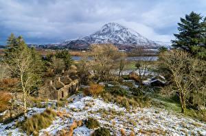 Фотографии Ирландия Гора Развалины Дерева Снегу Из камня Dunlewey Lough, Donegal Природа