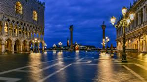 Фото Италия Вечер Венеция Городской площади Уличные фонари