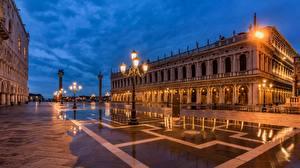 Фотография Италия Вечер Венеция Городской площади Уличные фонари город
