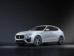 Обои Maserati Белых Металлик Levante GT Sport Package, M161, 2020 авто