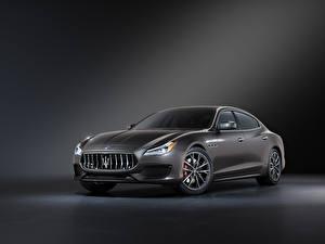 Фотографии Maserati Серый Металлик Quattroporte GT Sport Package, M156, 2020 машины
