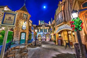 Картинки США Диснейленд Парки Дома Калифорнии Анахайм Дизайна Улиц Ночь Уличные фонари