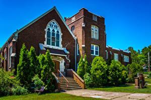Фото Америка Парки Храмы Церковь Лестницы Дерева Chester Park United Methodists Church город