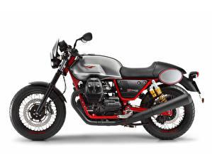 Фотография Белый фон Сбоку 2017-20 Moto Guzzi V7 III Racer мотоцикл