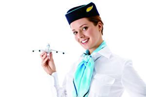 Обои для рабочего стола Самолеты Стюардессы Униформа Взгляд Улыбка Руки Галстук Белый фон девушка