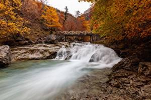 Фотография Осенние Реки Мост Камень Парк Испания province Huesca, River, Ordesa national Park and Monte Perdido Природа