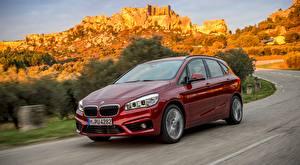 Картинки BMW Едущий Красные Металлик Hatchback, 220d xDrive, Active Tourer, 2014 Автомобили