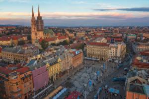 Обои для рабочего стола Хорватия Загреб Дома Городской площади Башня Сверху Jelacic Square Города