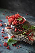 Фотографии Смородина Много Доски Красный Еда