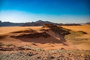 Картинки Пустыни Камни Скала Wadi Rum, Jordan Природа
