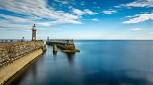 Фотография Англия Пирсы Маяк Море Горизонта Whitby, Yorkshire, East Pier