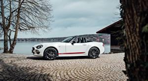Картинка Fiat Белые Сбоку Родстер 124 Spider, S-Design, 2018 Автомобили