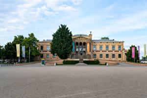 Картинки Германия Дома Памятники Музей Staatliches Museum Schwerin город