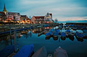 Картинки Германия Озеро Причалы Лодки Здания Lake Constance, Friedrichshafen город