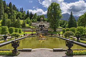 Обои для рабочего стола Германия Парки Пруд Скульптура Ландшафтный дизайн Дворца Деревья Linderhof Palace park Природа