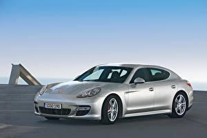 Фотографии Porsche Серебряная Металлик Panamera Turbo Worldwide, 970, 2009–13 авто