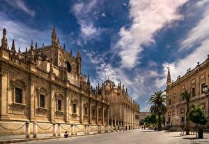 Фотография Испания Собор Небо Облачно Улиц Seville, Puerta De San Cristobal, Archivo de Indias