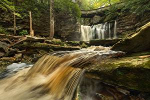 Обои для рабочего стола Камни Мост Водопады США Парки Мхом West Virginia, Elakala Falls, Park Blackwater Falls, Shays Run River Природа