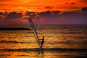 Фотография Рассвет и закат Мужчины Море Серфинг Горизонт Windsurfing спортивные