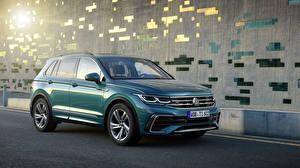 Фото Фольксваген Зеленый Металлик 2020 Tiguan R-Line Worldwide Автомобили