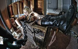 Фото Сапогов Цепь box, Goths Девушки