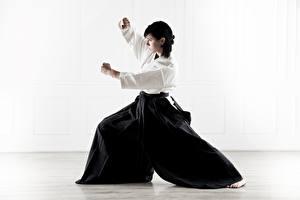Фото Униформе Брюнетка Поза Тренируется Кимоно Aikido, Svetlana Druzhinina спортивная Девушки