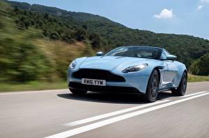 Фото Aston Martin Голубой авто