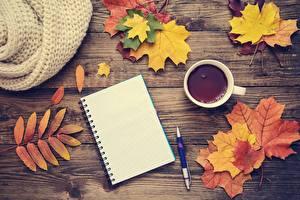 Картинки Осенние Чай Клёна Блокнот Шаблон поздравительной открытки Доски Шариковая ручка