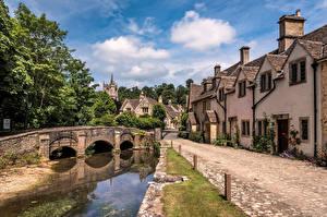 Обои Англия Замки Мосты Здания Деревья Castle Combe, Wiltshire город