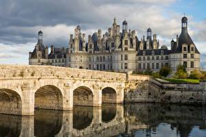Картинки Франция Замок Мост Реки Башня Loire Valley, Château de Chambord